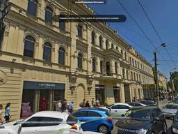 Сдам помещение в центре на Московской. 1000 кв.