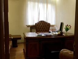 Сдам шикарный офис с мебелью в центре города. 167 кв.