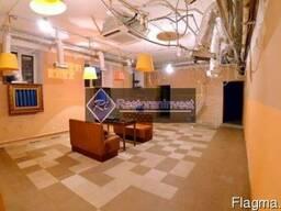 Сдам в аренду помещение под кафе фасад метро Лукьяновская