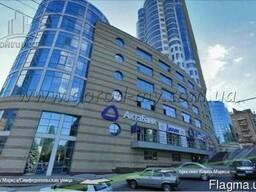 Продам фасадное помещение 690 кв. м. по пр. Яворницкого