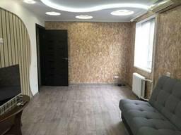 Сдам в долгосрочную аренду двухкомнатную квартиру с хорошим ремонтом. Левый берег. ..