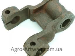 Серьга (ухо) рессоры тракторного прицепа 2птс-4, кту-10.