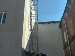 Сервисный подъёмник-лифт. Монтаж снаружи здания. Подъёмники.