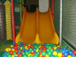 Сетка заградительная для детских игровых лабиринтов