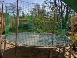 Сетки для детских площадок и лабиринтов