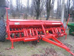 Сеялка универсальная зерновая Massey Ferguson - 30 6 метров