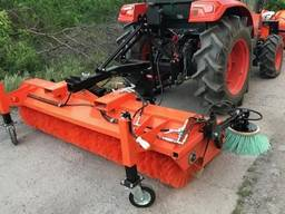 Щетка на мини-трактор 1,5 метра с бункером