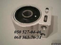 Шевроле Каптива сайлентблок рычага переднего 96809676