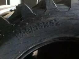 Шина на трактор 520/85R42 (20. 8R42)