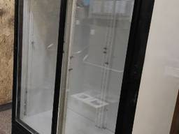 Шкаф холодильный б/у со стеклянными дверьми купе