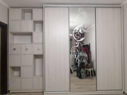 Шкаф в прихожую гостиную спальню под заказ Киев