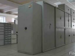 Шкафы металлические, электошкафы.