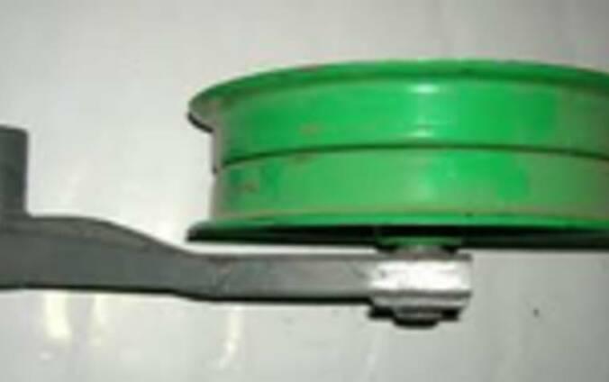 Шкив натяжной с рычагом ремня ходовой части 54-0-124-1Б