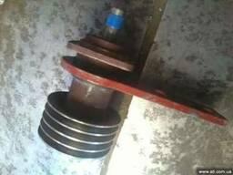 Шкив ременной с валом и ступицей в сборе на косилку Z-169