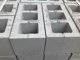 Шлакоблок стеновой усиленный М50. Доставка, выгрузка