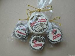 Шоколадные подарки на Выпускной,