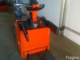 Штабелер электрический самоходный электротележка LINDE L10 - фото 2