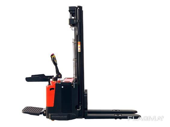 Штабелер электрический самоходный Staxx ES15T4-5500