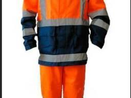 Сигнальный костюм для строителей