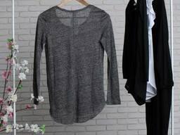 Сіра жіноча футболка