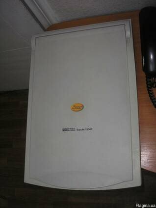 Сканер HP ScanJet 3200C