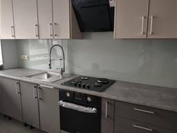 Скіналі фартух кухні з фарбованого скла 6мм