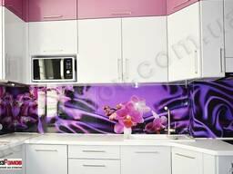 Скинали – кухонный фартук из стекла с фотопечатью установка