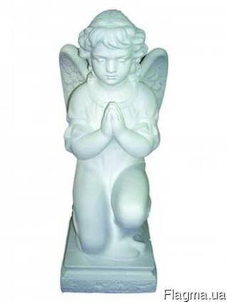Скульптура Ангела который молиться
