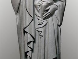 Скульптура Пресвятой Богородицы