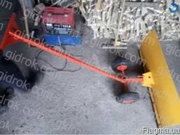 Снегоуборочный отвал ручной, лопата для уборки снега