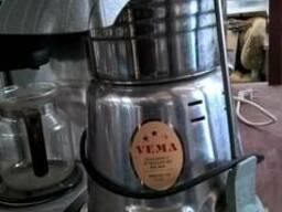 Соковыжималка эл-ая профессиональная Б/У Vema CE 2083 Italia