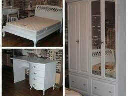 Спальный гарнитур для девушки
