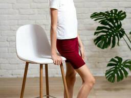 Спортивные трикотажные шорты для девочки подростка бордового цвета