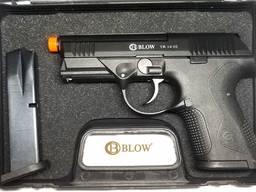 Стартовый пистолет BLOW TR 14 02 запасной магазин