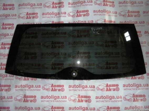 Стекло крышки багажника FORD Fiesta MK6 02-08
