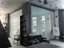Стеклянная перегородка, офисная перегородка из стекла