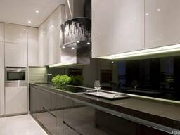 Стеклянные кухонные фартуки однотонные