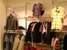 Стеллажи-витрины для магазинов, бутиков и салонов