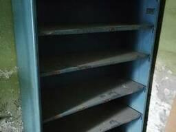 Стеллажи, шкафы, ящики под инструмент