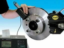 Стенд проточки тормозных дисков на автомобиле MAD 8700USM