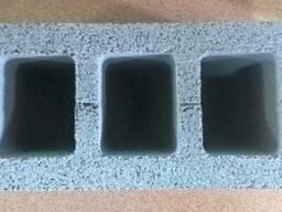 Стеновые бетонные блоки