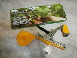 Степлер Tapetool - инструмент для подвязки винограда