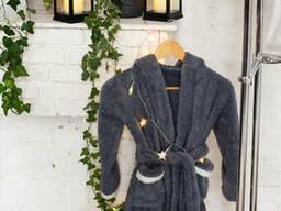 Стильный теплый детский халат с ушками зайчика серого цвета из материала велсофт