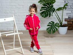Стильный велюровый спортивный костюм для девочки с кофтой на молнии и брюками на. ..