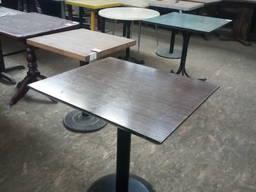Стол б/у МДФ деревянный с металлической ножкой