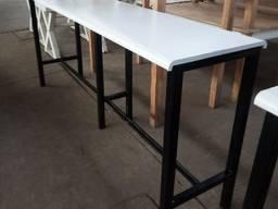 Стол барный б/у лофт дополнит интерьер вашего заведения. Размер стола барного б/у: 2500*