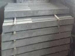 Столбик бетонный для монтажа заборных секций или сеток.