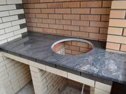 Столешница для барбекю из гранита. Натуральный камень гранит