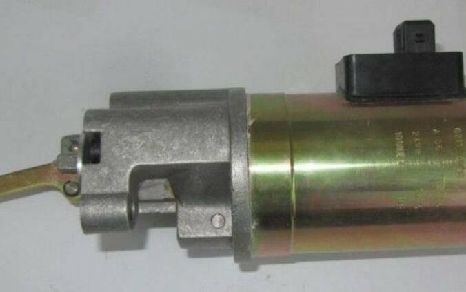 Стопклапан 02113791 на двигатель Deutz (Дойц)
