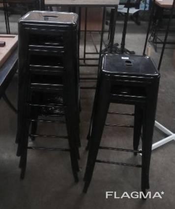Стул барный б/у металлические черного цвета